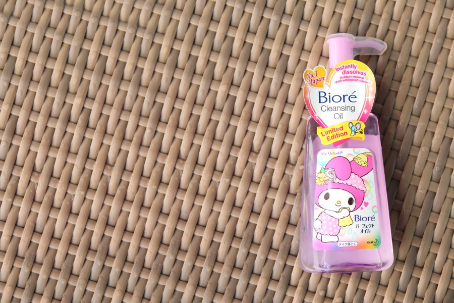 My Melody X Biore Cleansing Oil