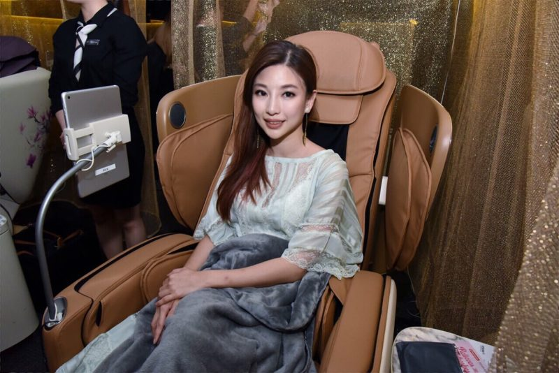 OSIM uLove 2 (4手天王) 4-Hand Massage Chair